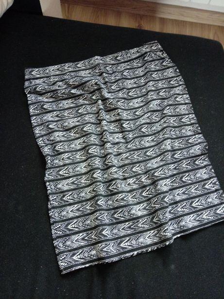 Spódnica ołówkowa mini- wzory azteckie nowa reserved