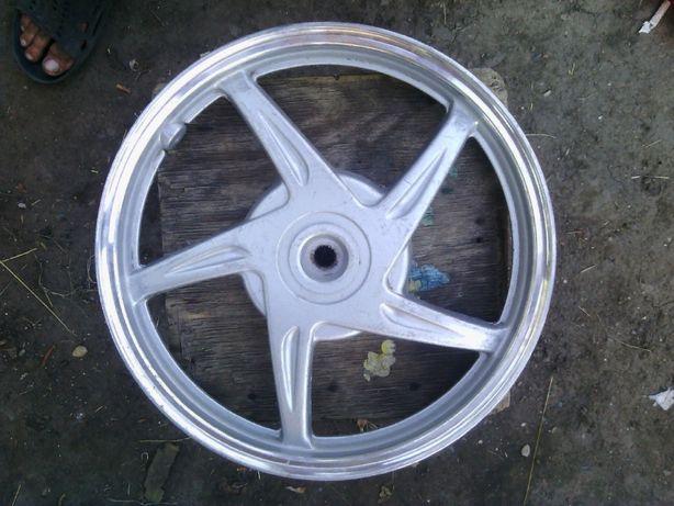заднее колесо на скутер R14-1.65.130 тормозной барабан.