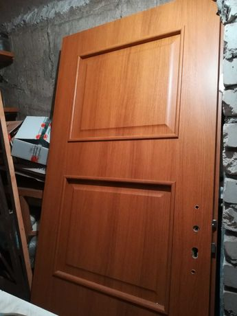 Drzwi zewnętrzne nowe 90 cm, jasny dąb
