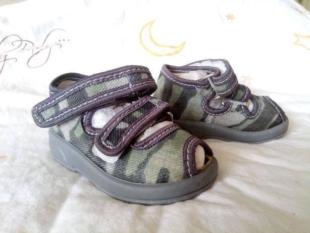 Босоножки Zetpol, тапочки для дома и улицы, первая обувь