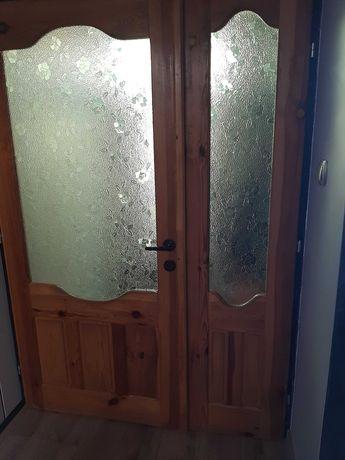 Drzwi odsprzedam drewniane