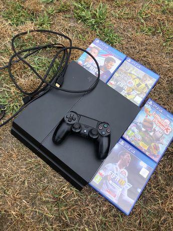 PlayStation 4 + pad + gry + okablowanie