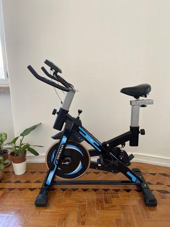 Bicicleta Estática Spinning Nova