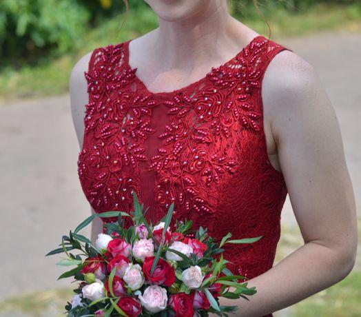 Продаю вечернее , выпускное бордовое красное платье