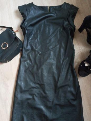 Короткое платье кожзам