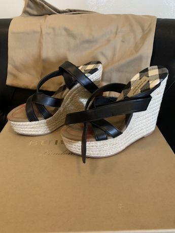 Burberry новые туфли на танкетке, оригинал