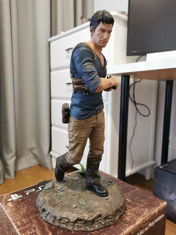Nathan Drake Uncharted 4 figurka