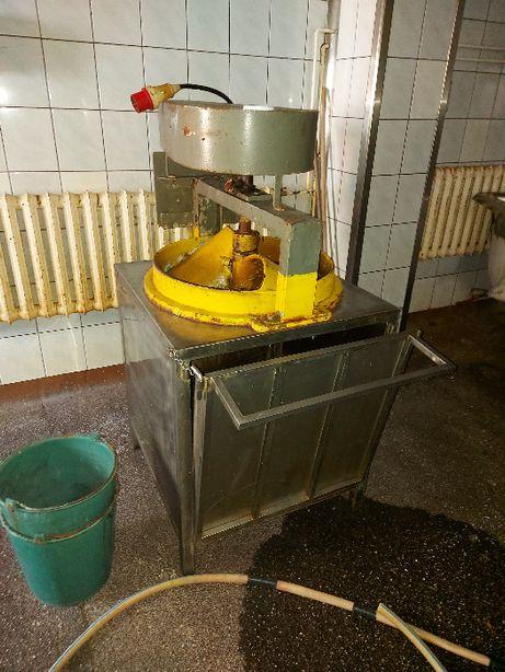 Szatkownica do kapusty warzyw marchewki ogórków papryki przemysłowa