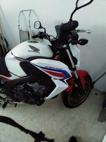Honda CB 650 f  Em bom estado