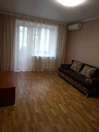 Продам 1-к квартиру Титова/Героев Сталинграда.