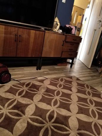 Gruby pożądny dywan