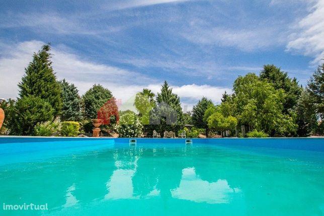 Investimento   Barragem   Área de Construção + de 700 m2