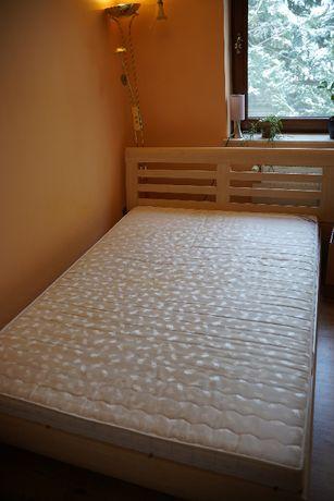 Łóżko z materacem 140x200cm stan b.d.