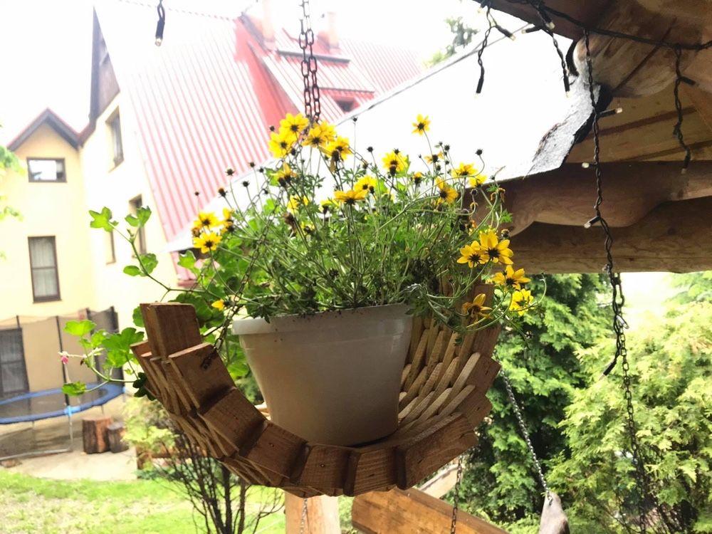 Kwietnik drewniany, doniczka, dekoracje, ozdoby drewniane, góralskie