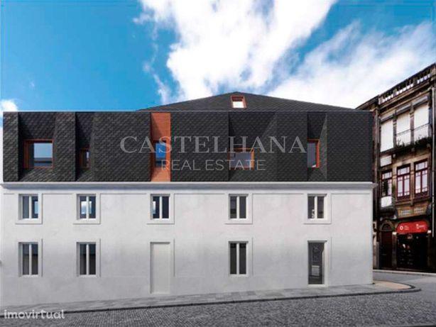 Apartamento T2 duplex novo no centro do Porto