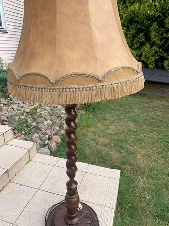 Lampa stojąca drewniana