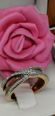 złoty pierścionek z diamentami próba 585