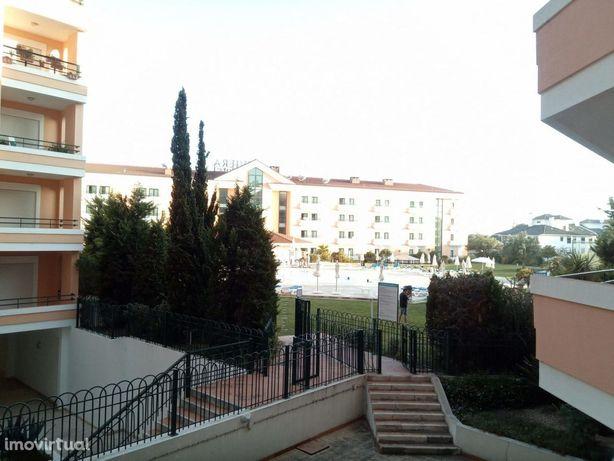 Apartamento T1 em condomínio privado