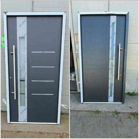 Drzwi zewnętrzne metalowe  z antaba pochwytem  110 RATY
