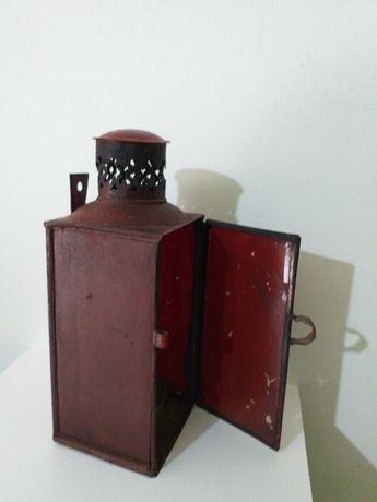 Lanterna/ lamparina a petróleo rara rara vidro pintado de vermelho