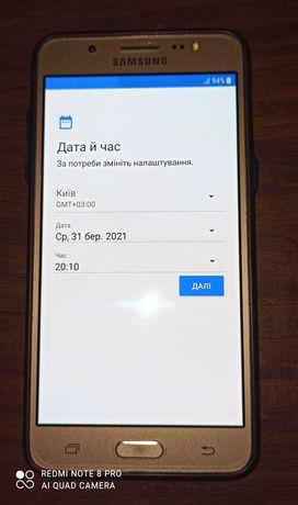 Телефон Samsung galaxy j5 (2016).