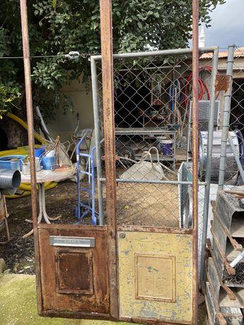Portas antigas por restaurar 2,20 x 1,07