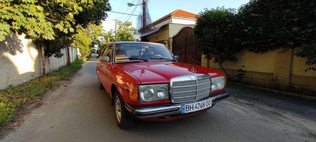 Продам автомобиль Mercedes-Benz W123 200d после реставрации.