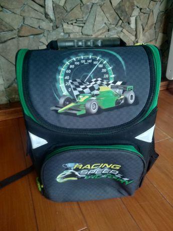 Рюкзак для хлопчика Ergo Kids GO PACK