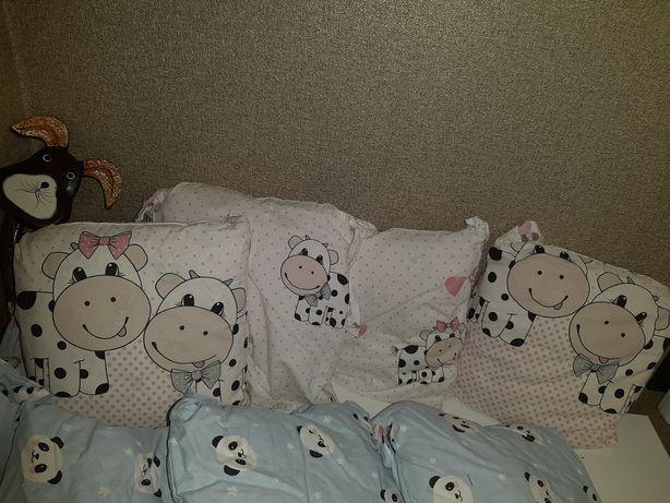 Защита на кроватку/бортики/подушечки