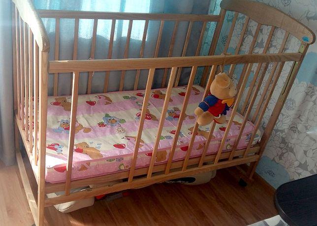 детская кроватка из натурального дерева Наталка- светлый бук