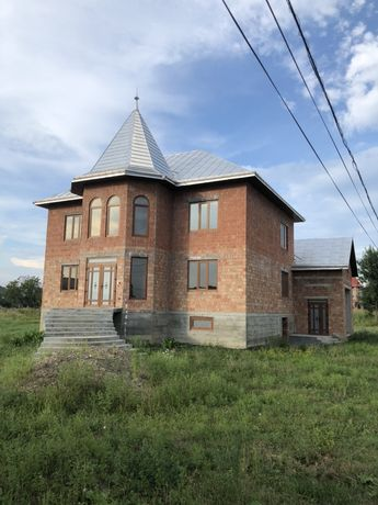 Будинок за містом (біля кольца в с.Магала)