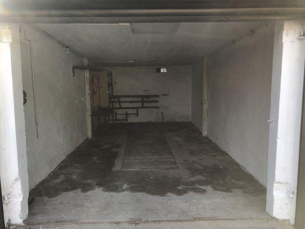 Garaż z roletą 19,5 m2