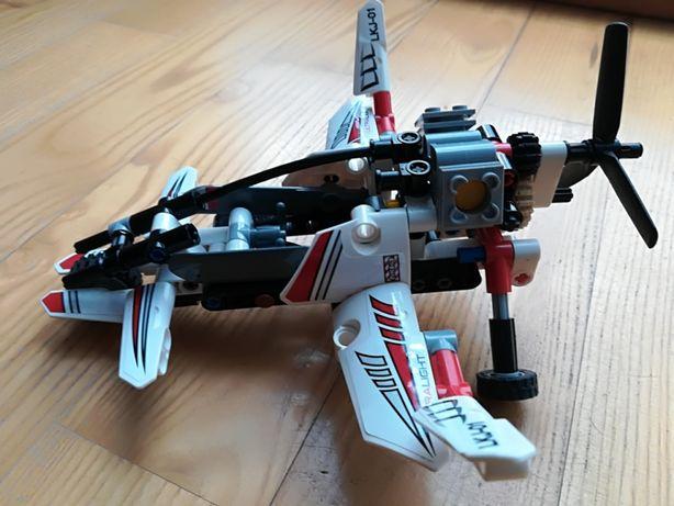 Klocki Lego Technic 2w1 42057 ultralekki helikopter używane