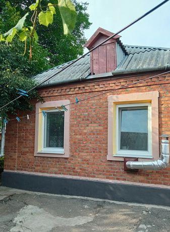 Ухоженный кирпичный дом ниже ЦРБ, 11000&