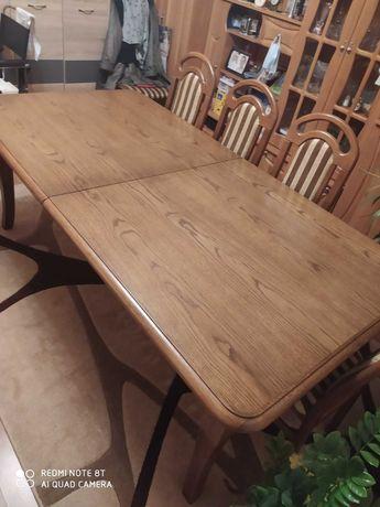 Stół z drzewa dębowego plus 8 krzeseł