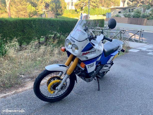 Yamaha XT750Z Super Tenere Nacional
