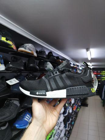 Оригинальные кроссовки Adidas NMD_R1 Gore-Tex EE6433 на мембране