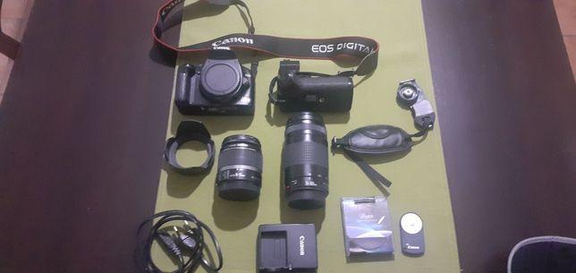 Máquina fotográfica Canon 450D