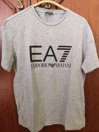 T-shirt Emporio Armani - tamanho M c/nova