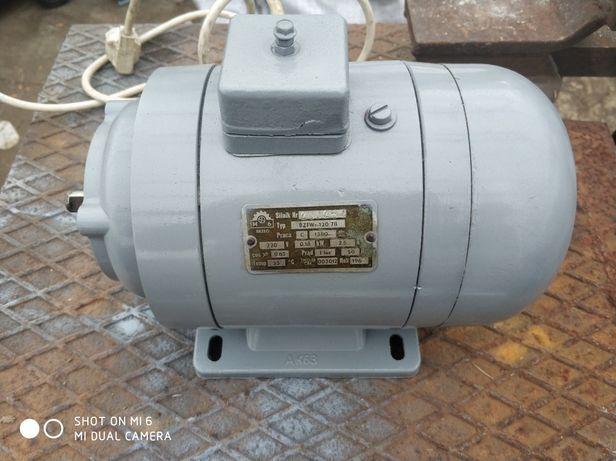 Silnik elektr. 0,18kW/1380obr.