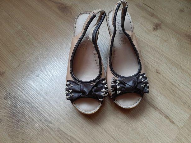 Sandały na koturnie - Lasocki - jak nowe - rozmiar 36 - skóra