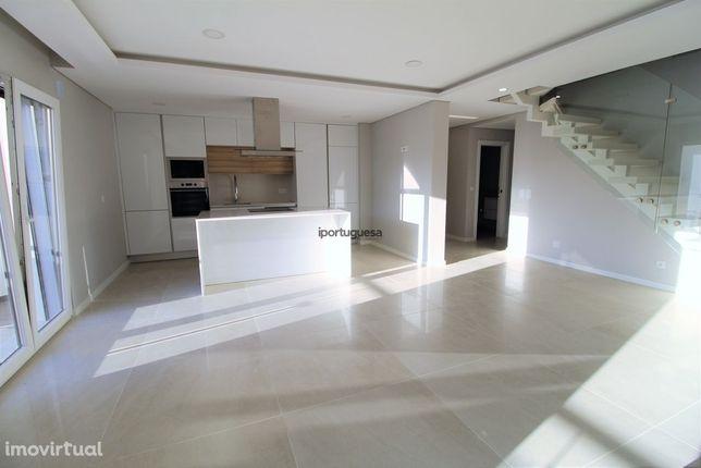 Oportunidade- Apartamento Palmela em construçao- 2 Esq Duplex