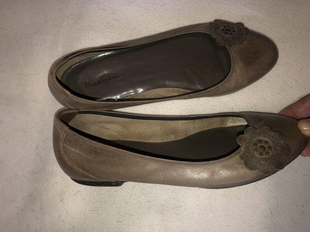Обувь большого размера 42-43 смотрите карусель