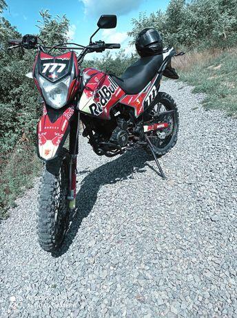Продам Geon X-Road 250