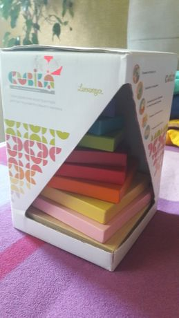 Деревянная пирамида  Cubika