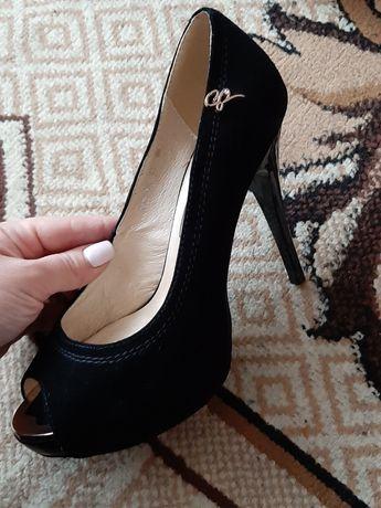 Продам туфлі 36 розміру