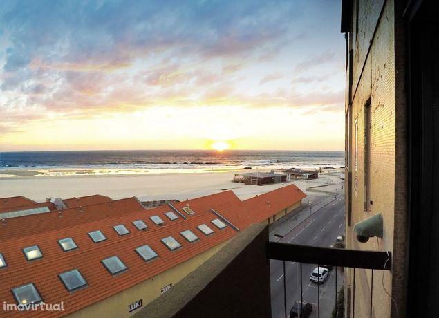 Apartamento mobilado - frente à praia Leça da Palmeira