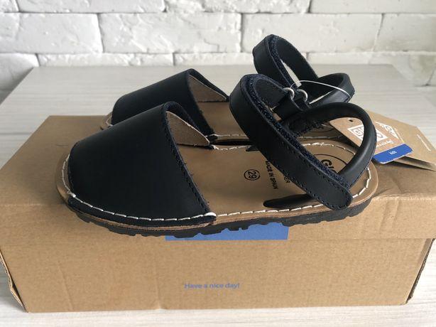 Продам новые кожаные сандали (босоножки, минорки) Gioseppo 28 размера