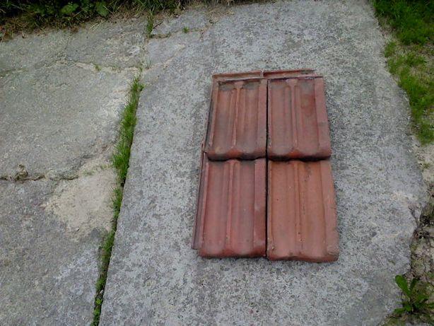Dachówka czerwona gruba przedwojenna z rozbiórki