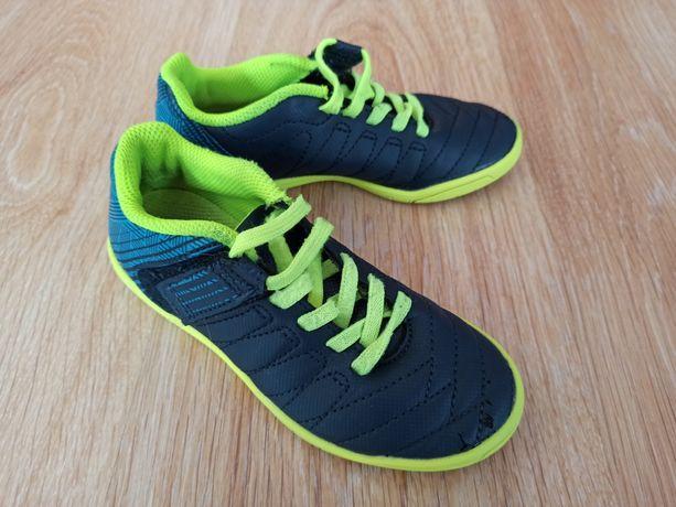 Sprzedam buty sportowe Kipsta r. 27 na rzep